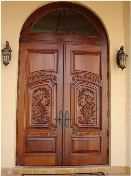 Деревянные межкомнатные двери из массива дуба от
